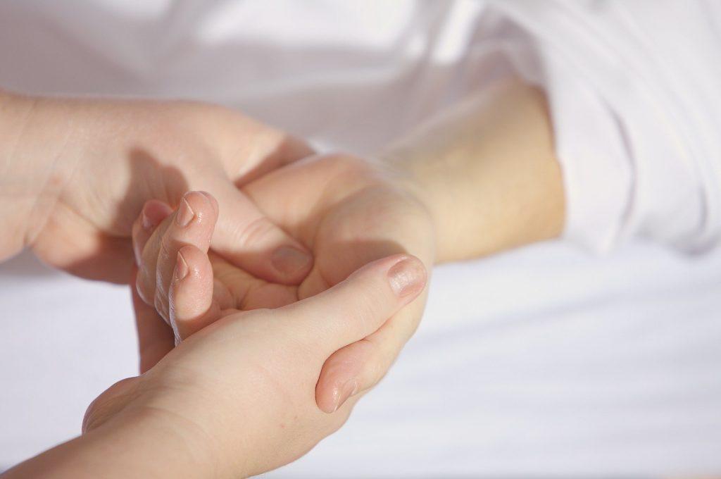 Akupressur Hand Massage TCM Gesundheit Therapie Physiotherapie